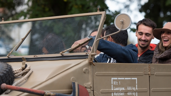 Automóveis do Museu do Caramulo saem à rua para passear visitantes